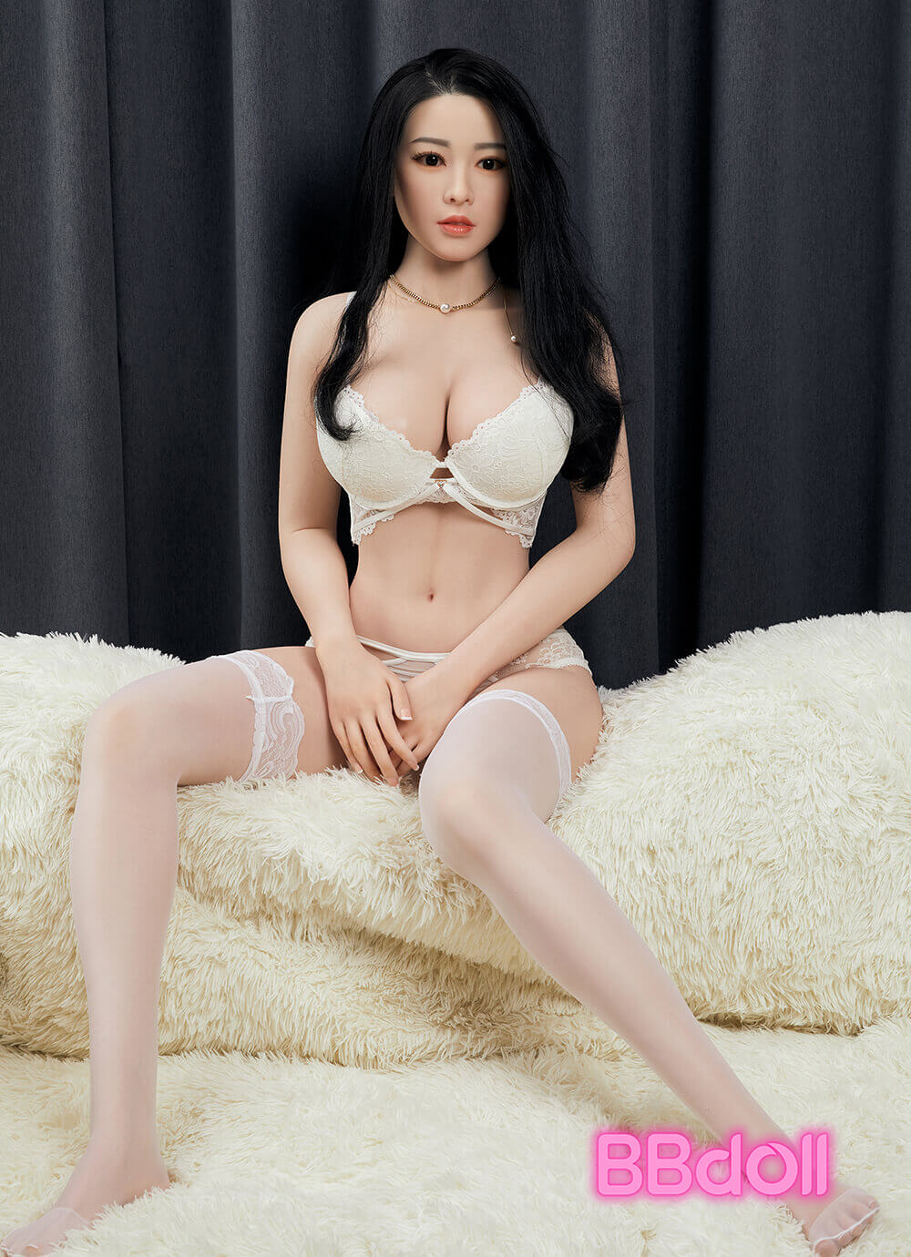 C32-Japanese-silicone-sex-doll